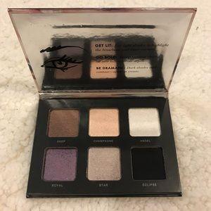 NWT victoria's secret eyeshadow palette
